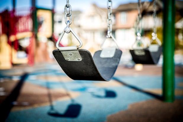 swing-1188131_1920.jpg